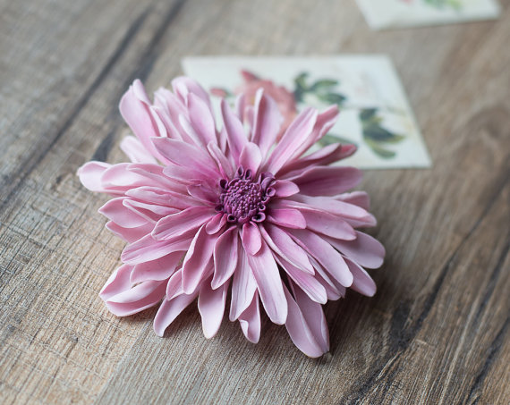 زفاف - Pink dahlia hair clip - dusty rose flower - dahlia flower accessories - flower hair clip - wedding pink floral clip - chrysanthemum