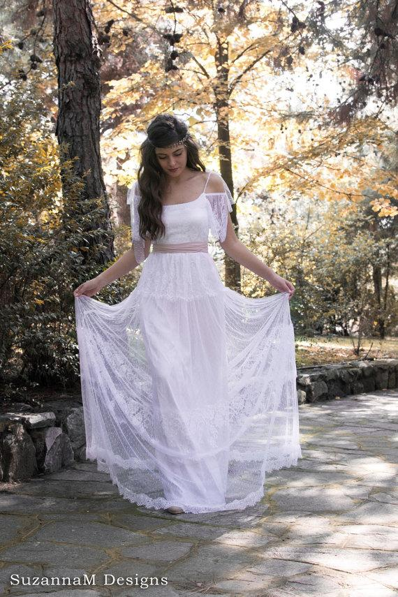 Mariage - Boho French Chantilly Lace and Tulle Wedding Dress Bohemian Bridal Gown Long Wedding Dress White Bridal Gown - Handmade by SuzannaM Designs