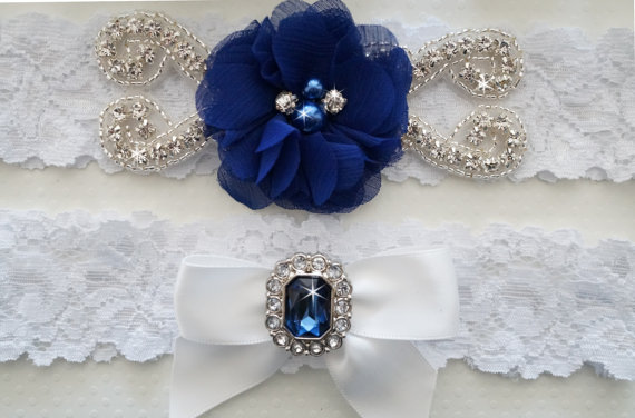 Свадьба - Wedding Garter Set, Pearl and Rhinestone Garter Set, Ivory Lace Garter Set - Style L210