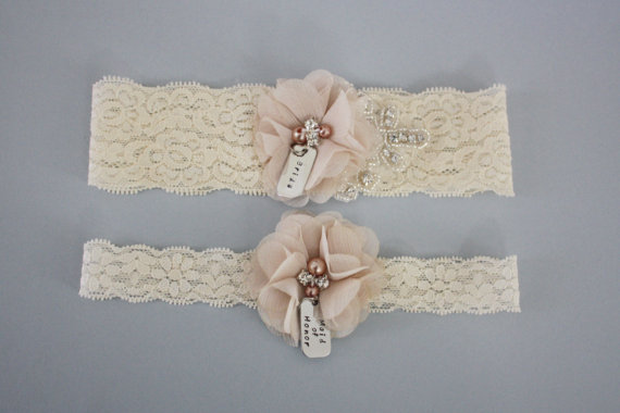 Свадьба - Bride And Maid Of Honor Garter Set MORE COLORS AVAILABLE