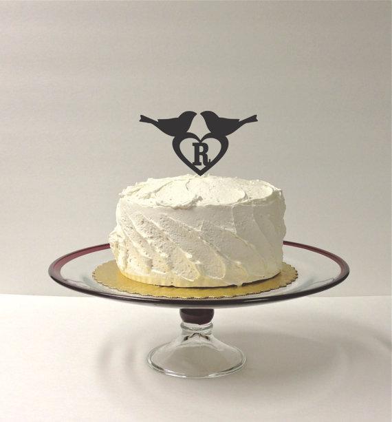 Mariage - Personalized Love Birds Wedding Cake Topper Acrylic Wedding Topper MONOGRAM Wedding Cake Topper Wedding Decoration Keepsake