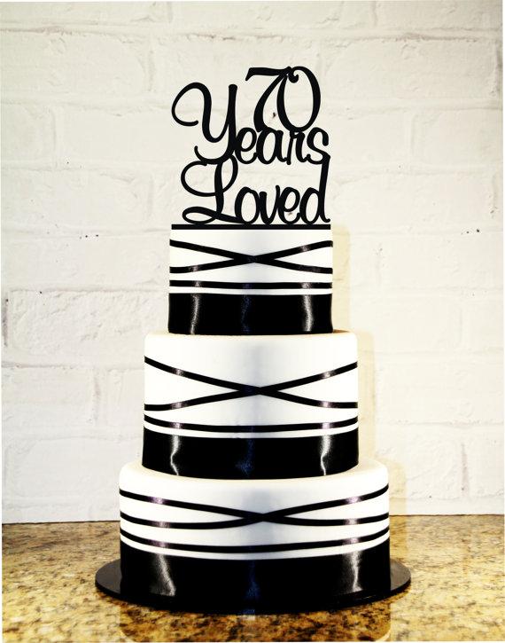 Свадьба - 70th Birthday Cake Topper - 70 Years Loved Custom - 70th Anniversary