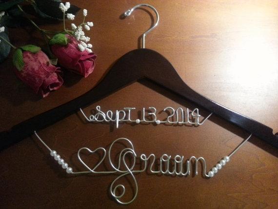 زفاف - Bridal Hanger two lines for your wedding pictures, Personalized custom bridal hanger, brides hanger, Bridal Hanger, Wedding hanger, Bridal