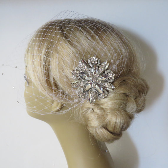 Mariage - Birdcage Veil and a Bridal Hair Comb 2 Items Bridal Headpiece,Bridal Hair Comb,Blusher Bird Cage Veil,bridal jewelry,bridal hair accessories