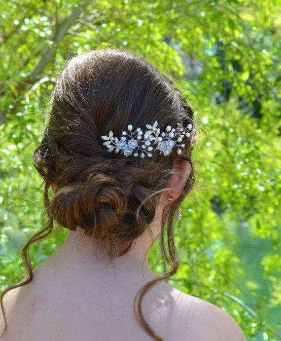 Свадьба - Set of 2 Bridal Hair Pins. White Lily of the Valley Hair Pins with Swarovski Rhinestones and Freshwater Pearls