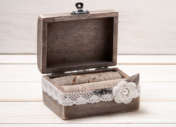 Hochzeit - Rustic Wedding Ring Bearer Box Ring Box Custom Ring Box Wedding Ring Box Shabby Chic Wedding Box Personalized Ring Box