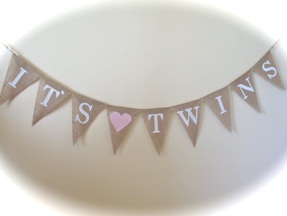 Mariage - It's twins burlap banner in white lettering, baby shower banner, photo prop, bunting, sign,