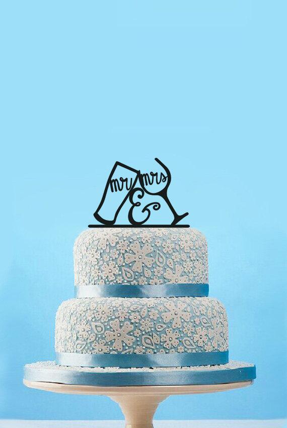 Hochzeit - Mr & Mrs Wedding Cake Topper,bride and groom drinking cup wedding cake topper,funny wedding cake toppers,custom wedding cake decorations