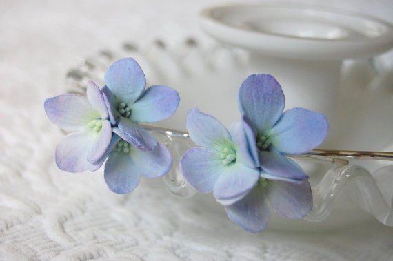 زفاف - Something Blue- Hydrangea Hair flowers For Weddings on Silver Plated Bobby Pins