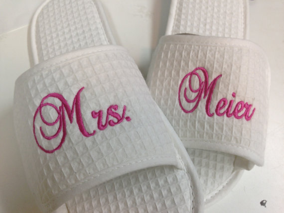 Mariage - 7- Spa Slippers Bride, Maid of Honor, Bridesmaids, Mother of Bride, Mother of Groom Monogram Gifts