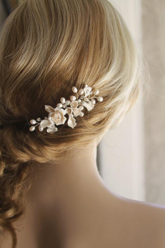 زفاف - Bridal hair comb.Wedding hair comb. Bridal hair accessories, Ivory color bridal comb. Bridal hair piece.