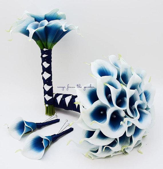 زفاف - Reserved - Royal Blue Picasso Real Touch Calla Lily Bridal Bouquet and Boutonnieres Custom Real Touch Calla Lily Wedding Package