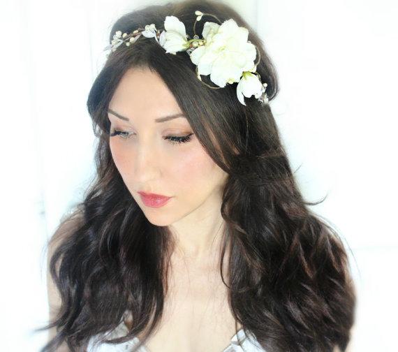 Mariage - wedding accessories, bridal headpiece, wedding flower crown, ivory Flower crown, rustic head wreath, wedding headband, bridal hair