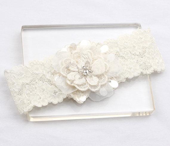 Hochzeit - Wedding Garter - Bridal Garter, Lace Garter, Wedding Garter Belt, Ivory Garter, Lace Garter