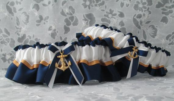 Hochzeit - Military U.S. Navy garter set - Dress Blue Garter set - Navy Wedding Garters - US Navy Garters.