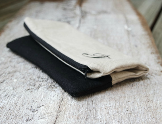 Mariage - Set of 4 or Set or 5 Natural and Black Linen Fold Over Clutchs