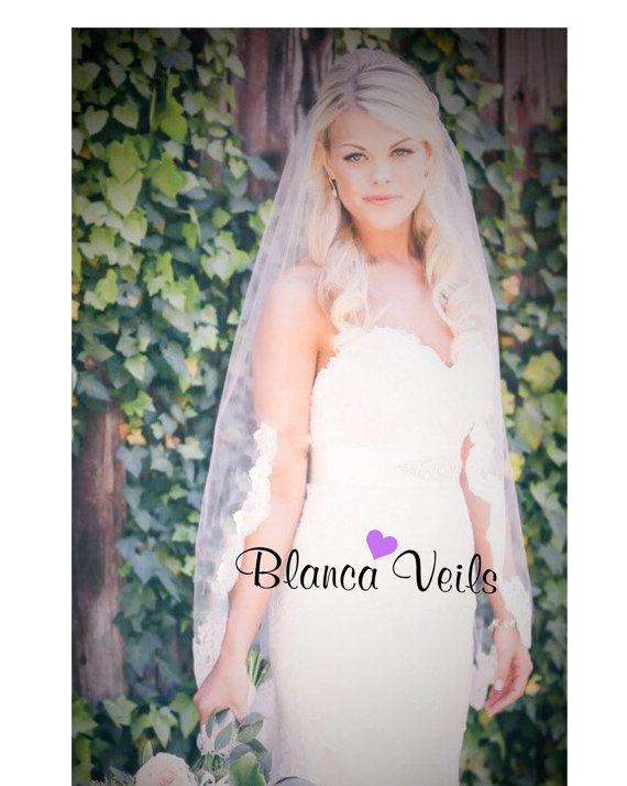 زفاف - Single Tier Lace Wedding Veil
