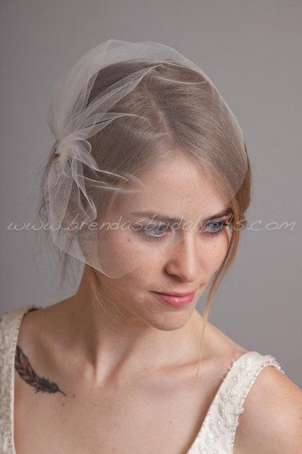 Hochzeit - Tulle Wedge Birdcage Veil, Bridal Veil, Wedding veil, White, Diamond White, Ivory, Champagne, Black, More Colors