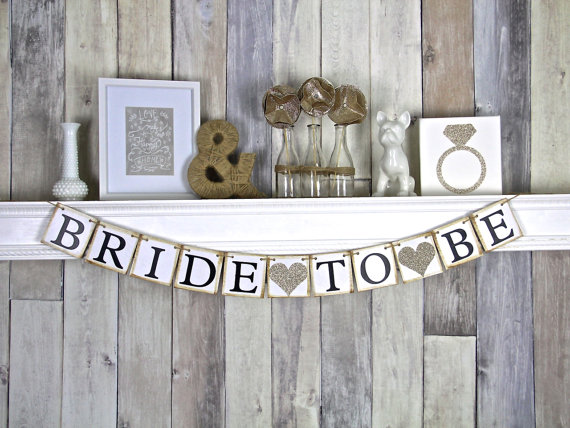 Mariage - Bride To Be Banner - Bridal Shower Decor - Bachelorette Party - Champagne Bridal Shower - Hens Party