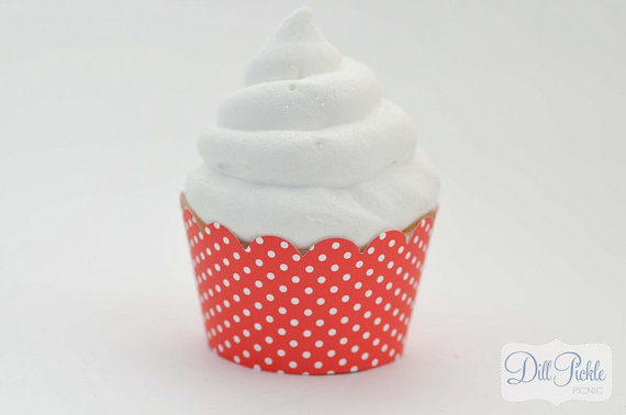 Mariage - Red and White Polka dot Cupcake Wrappers -  Set of 24 - Standard Size