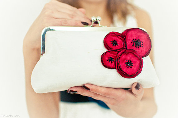 Свадьба - Poppy Flower Bridesmaid Purse Wedding Bridal Clutch Ivory Silk Red Floral Large Size Made in England