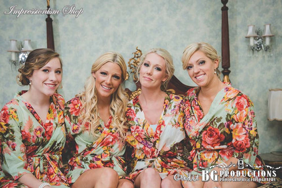 Свадьба - Set of 9 Bridesmaid Robes, Gift for bride, bridesmaids, maid of honor, moms, flower girls. Matching floral getting ready gown robes