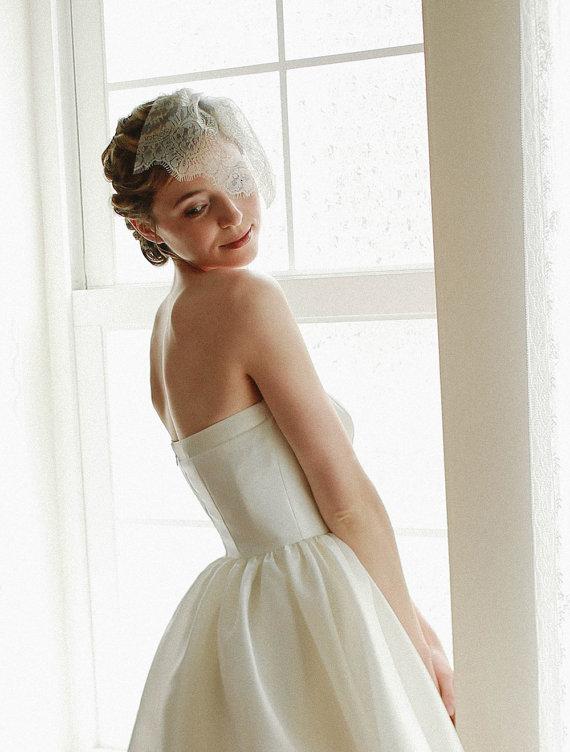 Wedding - Birdcage wedding veil, bridal blusher veil, tulle face veil, gold lace veil - style 320