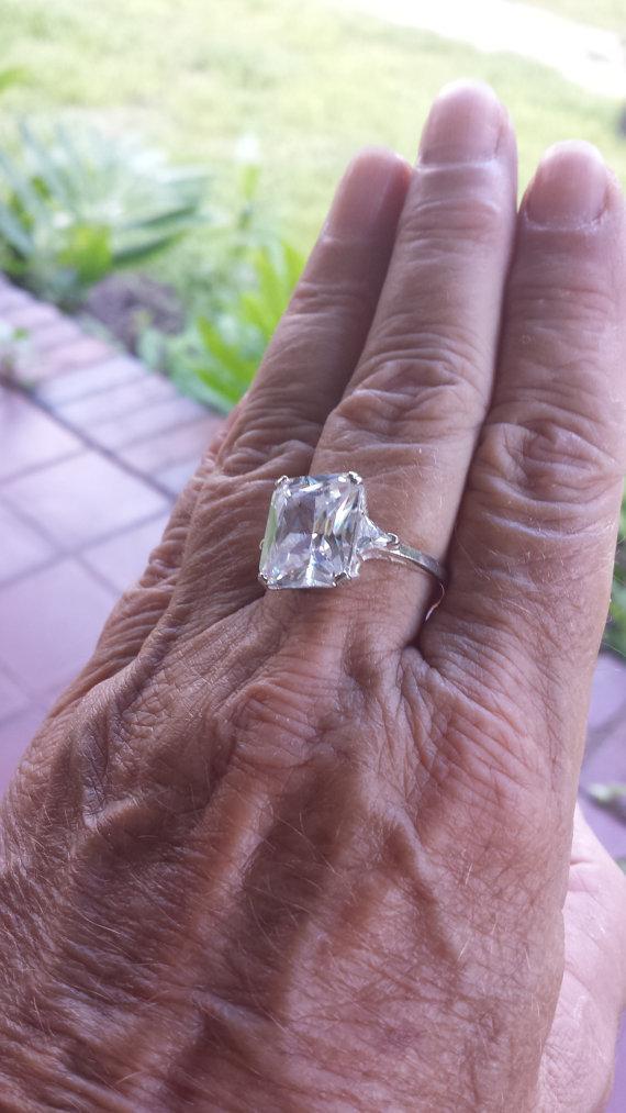 زفاف - vintage 8ct EXCEPTIONAL cz engagement emerald and trillion cut american designer sterling ring