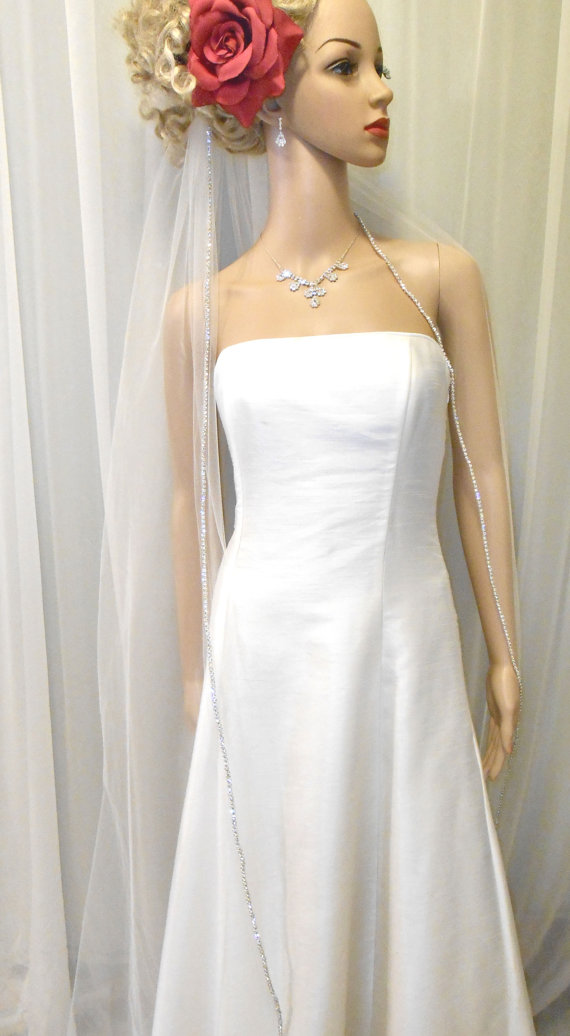 زفاف - ON SALE, Rhinestone Edge Cathedral Wedding Veil, 1 Tier, 108 Width, 130 Length