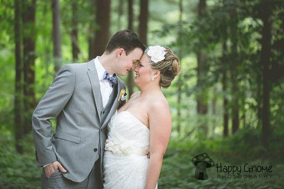 Hochzeit - Bridal hairpiece, bridal hair flower, birdcage veil fascinate,Bridal hair accessories, wedding headpiece,