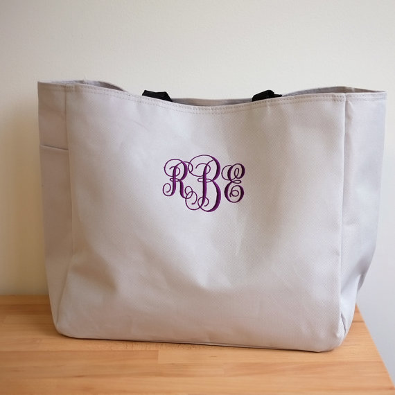 Свадьба - 5 Personalized Bridesmaid Gift Tote Bags Monogrammed Tote, Bridesmaids Tote, Personalized Tote