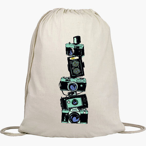Mariage - Cinch Sack Backpack - Drawstring Bags - Beach Bags - Natural Cotton Bag - Vintage Stacked Cameras
