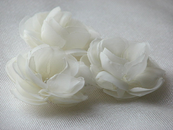 Boda - Set of 3 ivory hair flowers Bridal hair flower Wedding ivory flower Wedding hair flower Wedding ivory pins Small Ivory hair flower Ivory pin