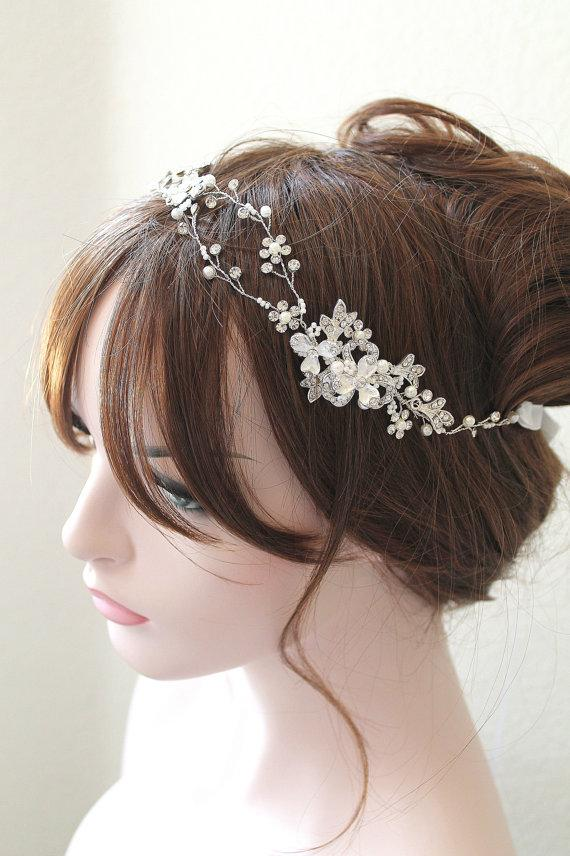 Свадьба - Ethereal Silver Leaf Vine Wedding Headpiece. Boho Delicate Crystal Pearl Bridal Wreath. Halo Headband. Rhinestone Floral Hairpiece. TEREZ