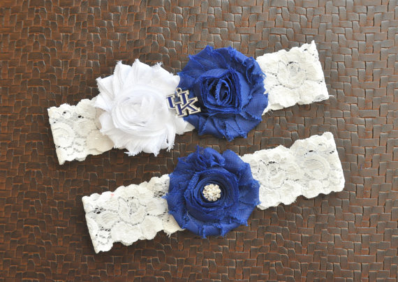 Mariage - Kentucky Wildcats Wedding Garter Set, Kentucky Wildcats Bridal Garter, White Lace Garter, University of Kentucky Garter, UK Wildcats Garter