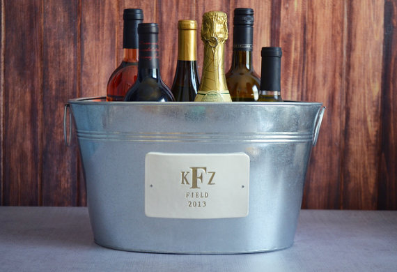 Hochzeit - Personalized Wedding Gift - Large Wine Tub with Gold Monogram