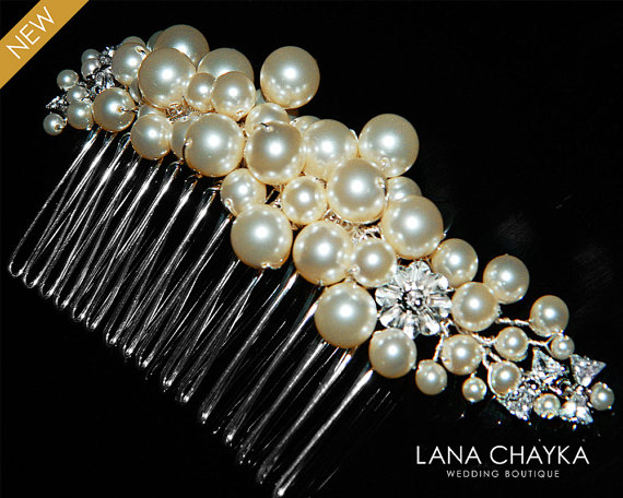 Mariage - Swarovski Ivory Pearl Cubic Zirconia Bridal Hair Comb Pearl Wedding Hair Comb Ivory Pearl Headpiece Bridal Pearl Comb Wedding Pearl Combs