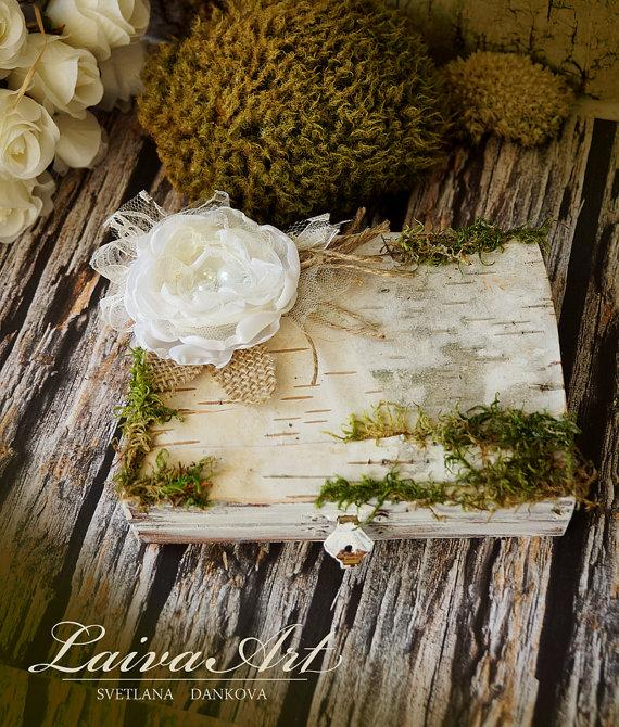 Свадьба - Personalized Wedding Ring Bearer Pillows  Ring Pillow Box Birch Bark  Rustic  Vintage   Wooden