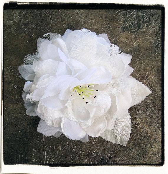 زفاف - Romantic flower bridal clip, sash, or brooch with lace