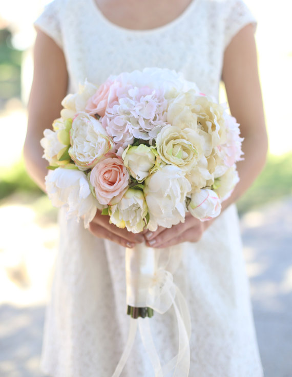 Düğün - Silk Bride Bouquet Cream and Pale Pink Roses and Peonies Wildflowers Natural Bouquet Shabby Chic Vintage Inspired Rustic Wedding Keepsake
