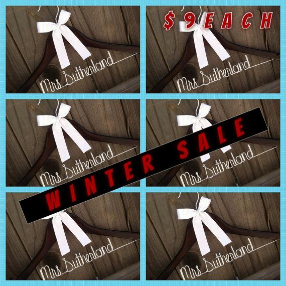 Mariage - Sale. 6 Hangers. Lowest Price of the Year. Personalized Bridal Wedding Hanger.
