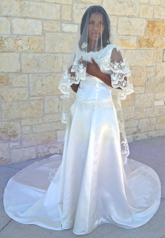 Mariage - Lace Veil in single tier Beaded Lace CATHEDRAL LENGTH with blusher