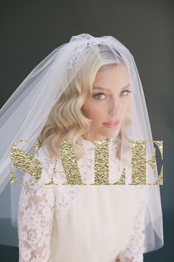 Mariage - Wedding Veil Bridal Veil, Two Tier Fingertip Bridal Veil, Elbow Length Tulle Wedding Veil, Ivory Veil, Blush Veil, Lauren Conrad Veil # 0802
