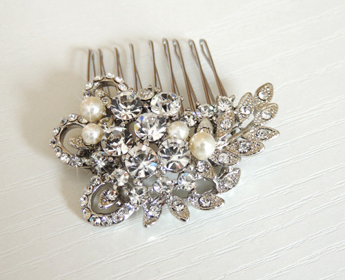 Hochzeit - Leah - Pearl and crystal hair comb, bridal hair comb, wedding accessory, vintage hair comb, bridal jewelry, rose gold