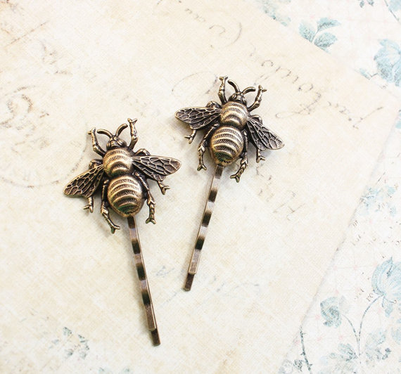 Bee bobby pins honey bee hair accessories bumblebee hair clips bee bobby pins honey bee hair accessories bumblebee hair clips antique gold brass woodland wedding bug insect bobbies nature garden junglespirit Images