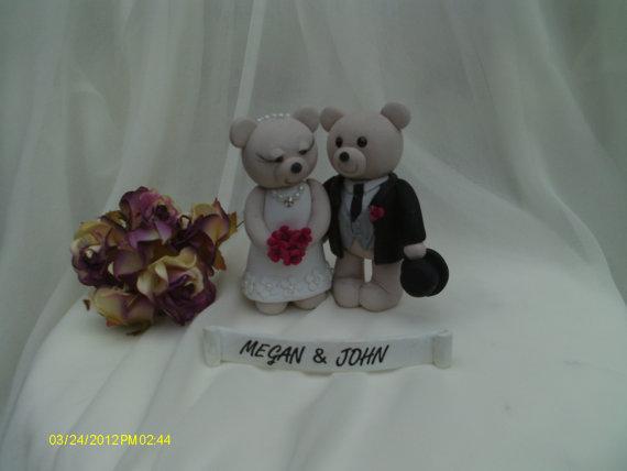 Hochzeit - Bride and groom bears wedding cake topper