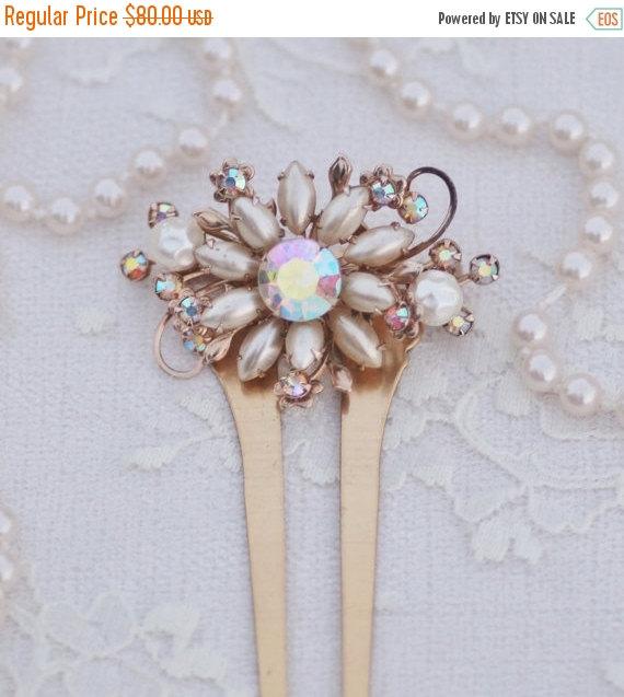 Свадьба - SALE Vintage Baroque Ivory Pearl Brooch Hair Fork,Large Brass Hair Comb,Bridal Hair Comb,Faux Pearl Crystal AB Rhinestone Golden Brooch,OOAK