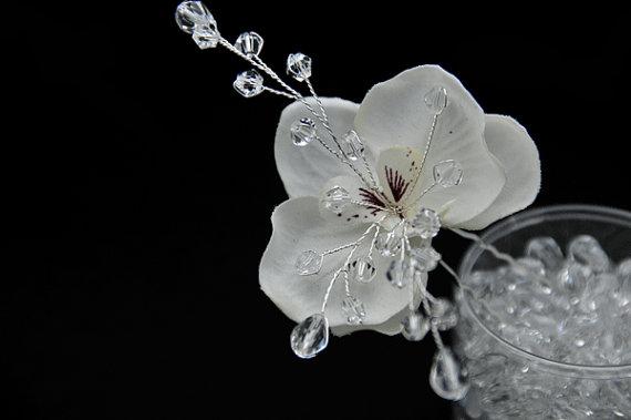 Mariage - Phalaenopsis orchid with Swarovski Crystal Vine Center Hair Pins