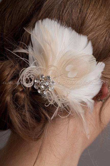 Mariage - Hair Feather Fascinator, Ivory or Diamond White with Champagne Peacock Eye, Bridal Hair Birdcage Fascinator, Rhinestone Center - Justa