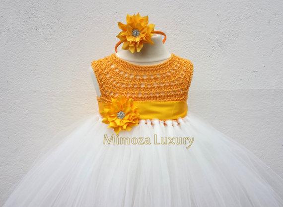 زفاف - Yellow Flower girl dress, Daffodil tutu dress, yellow daffodil bridesmaid dress, princess dress, crochet top tulle dress daffodil day dress